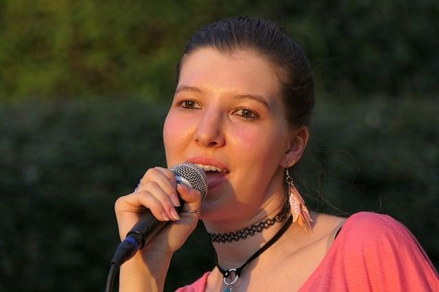 śpiewanie po angielsku zajęcia w czasie wolnym ćwiczenie