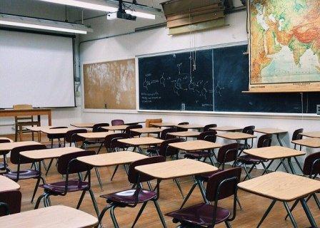 przybory szkolne w klasie po angielsku ćwiczenie wymowa