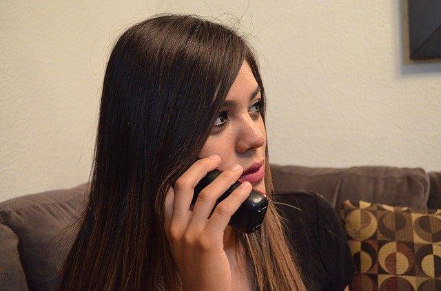rozmowa telefoniczna po angielsku wymowa ćwiczenie na zwroty