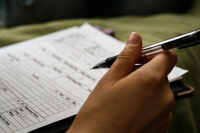 wypełnianie formularza po angielsku, dane osobowe, ćwiczenie, wymowa